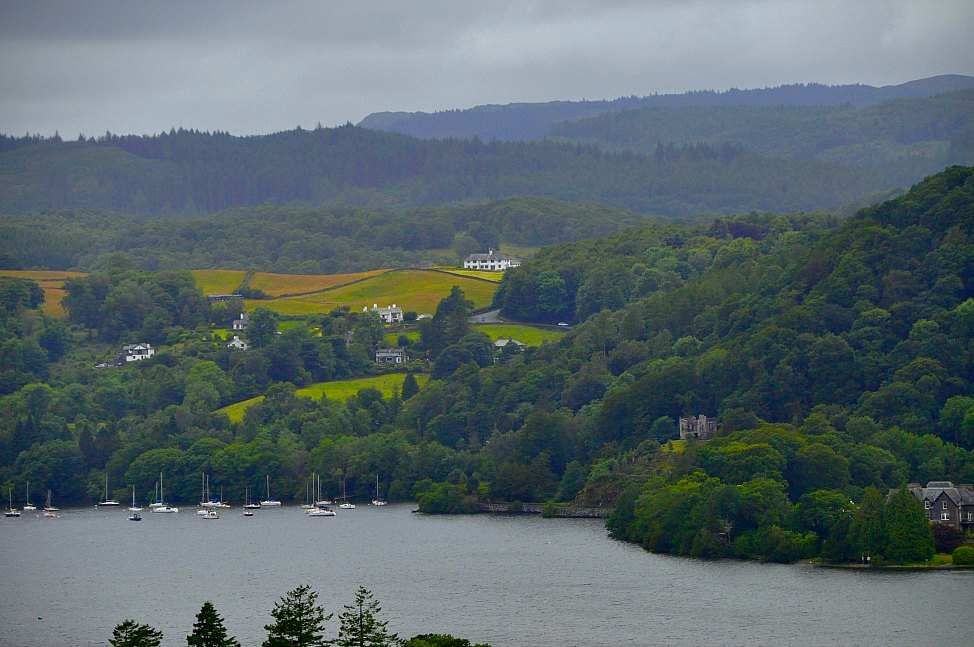 Post_Englands_Lake_District_Scenic_View