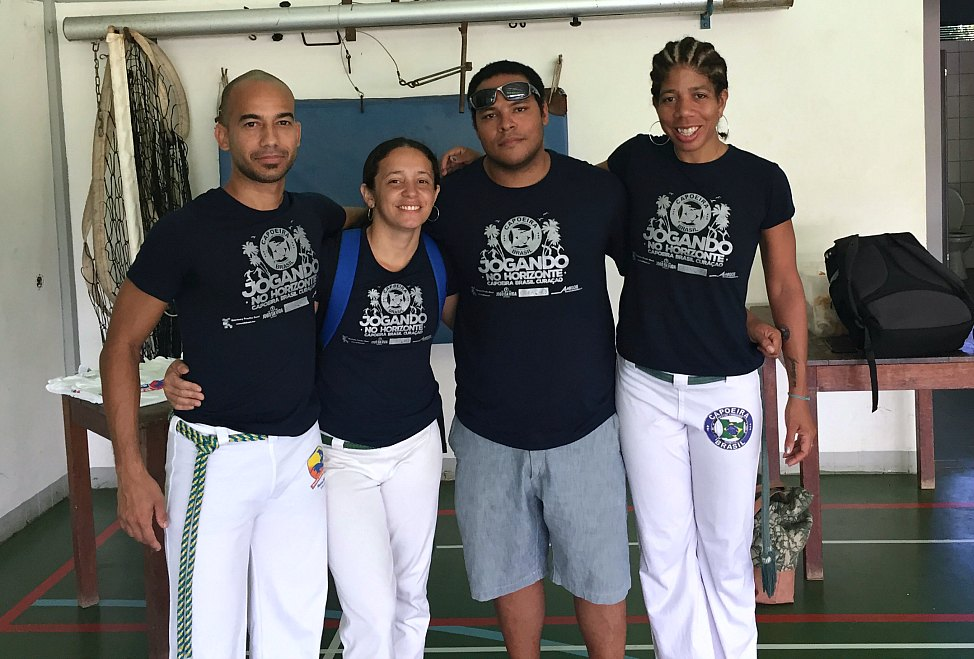 post_curacao_capoeira_new_and_old_friends