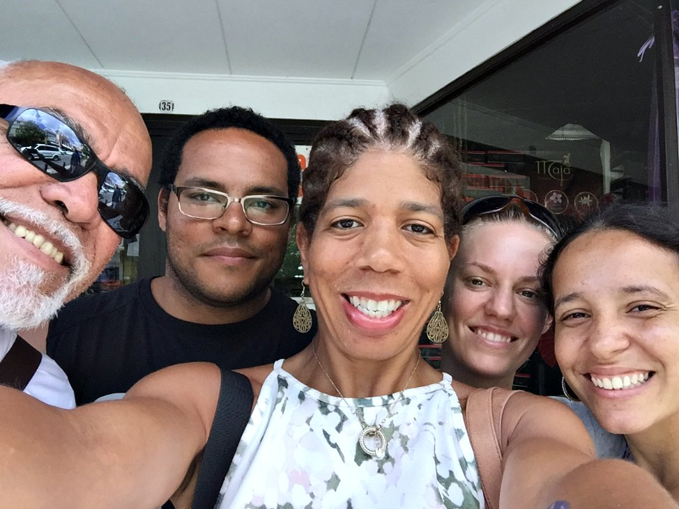 post_curacao_capoeira_saying_goodbye