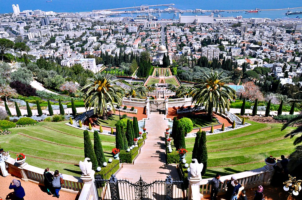 Israel_10_Things_Bahai_Gardens
